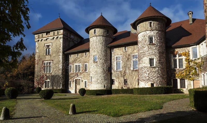Vieux château medielval de Thorens dans le Haute Savoie en France photo stock