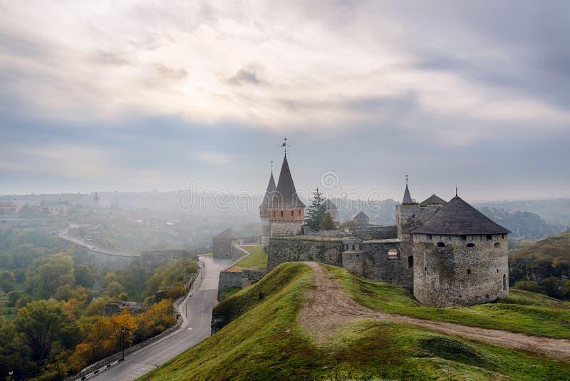 Vieux château pendant le matin photos stock