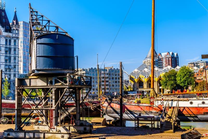 Vieux chantier naval au centre de la ville de Rotterdam photo stock