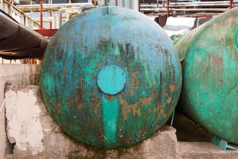 Vieux chariot de réservoir rouillé photographie stock libre de droits