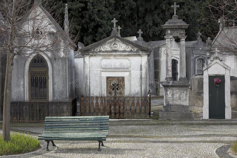 Vieux cimetière européen photo stock