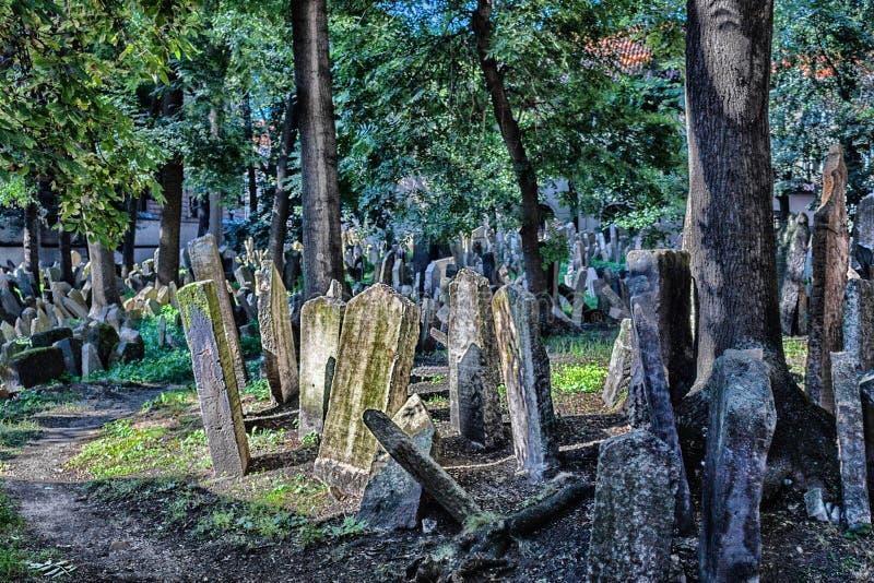 Vieux cimetière juif à Prague image libre de droits