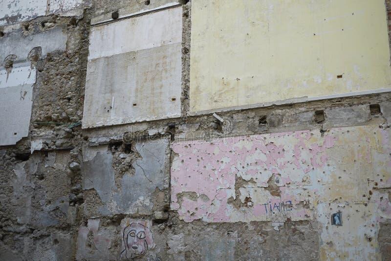 Vieux Cosenza de construction effondré image stock