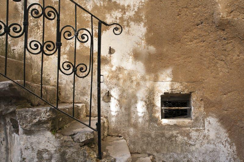 Vieux détail d'escaliers images libres de droits