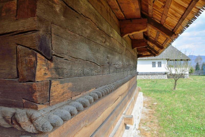 Vieux détails en bois d'église photographie stock