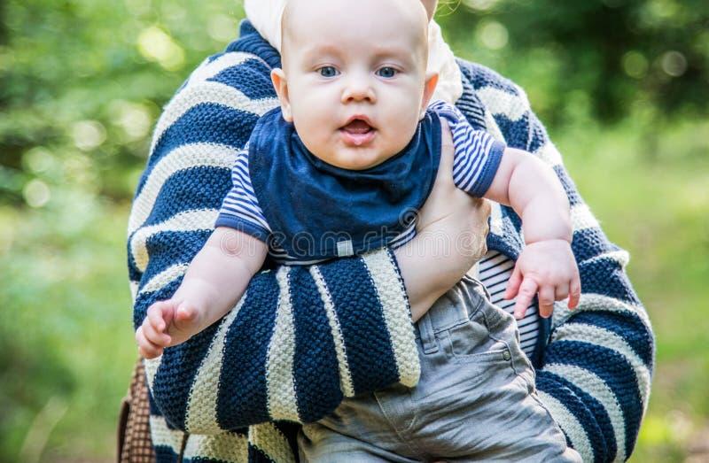 Vieux de cinq mois de portrait de garçon photo libre de droits