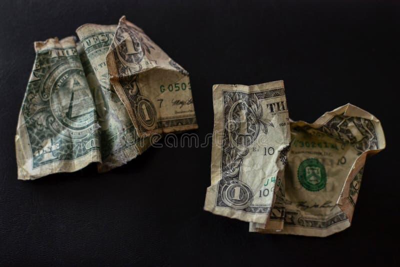 Vieux dollars de papier sales déchirés chiffonnés photo stock