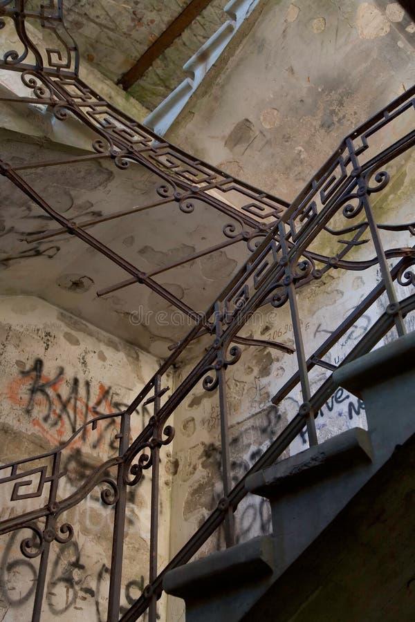 Vieux escaliers image libre de droits