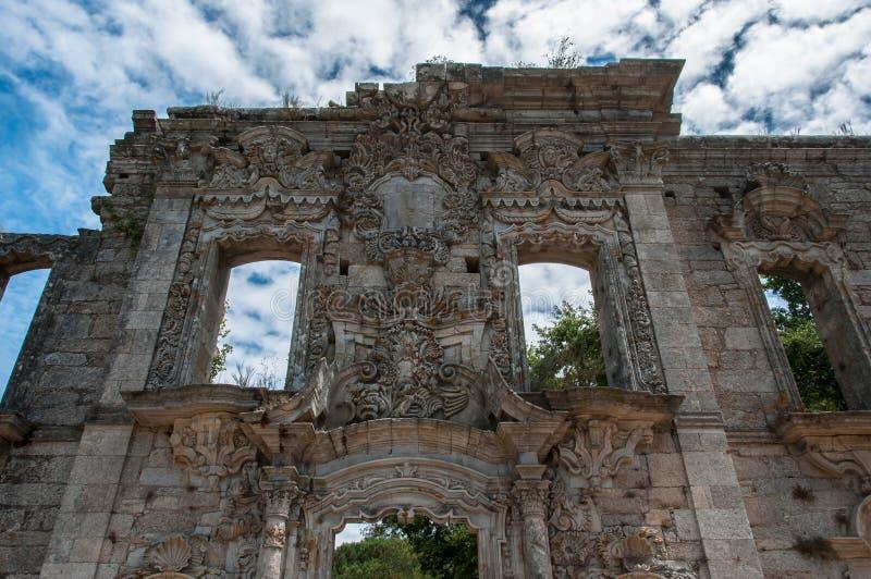 Vieux et abandonné château image stock