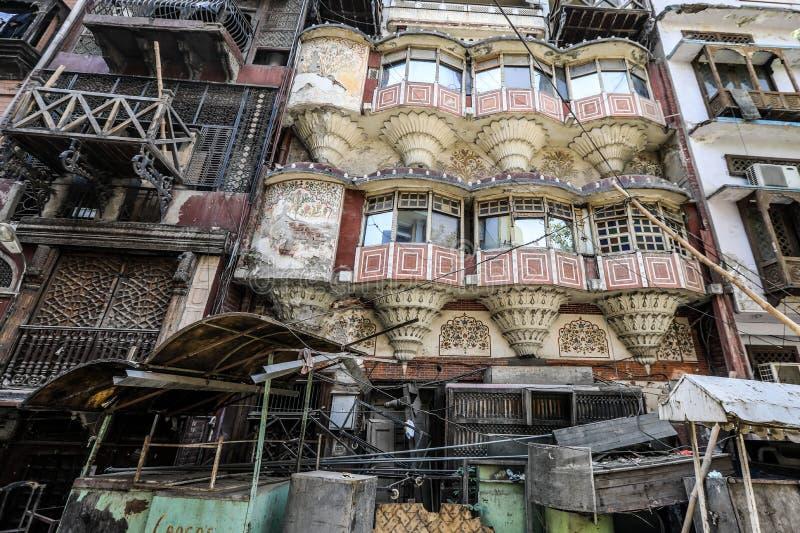 Vieux et authentique balcon à Peshawar, Pakistan images libres de droits