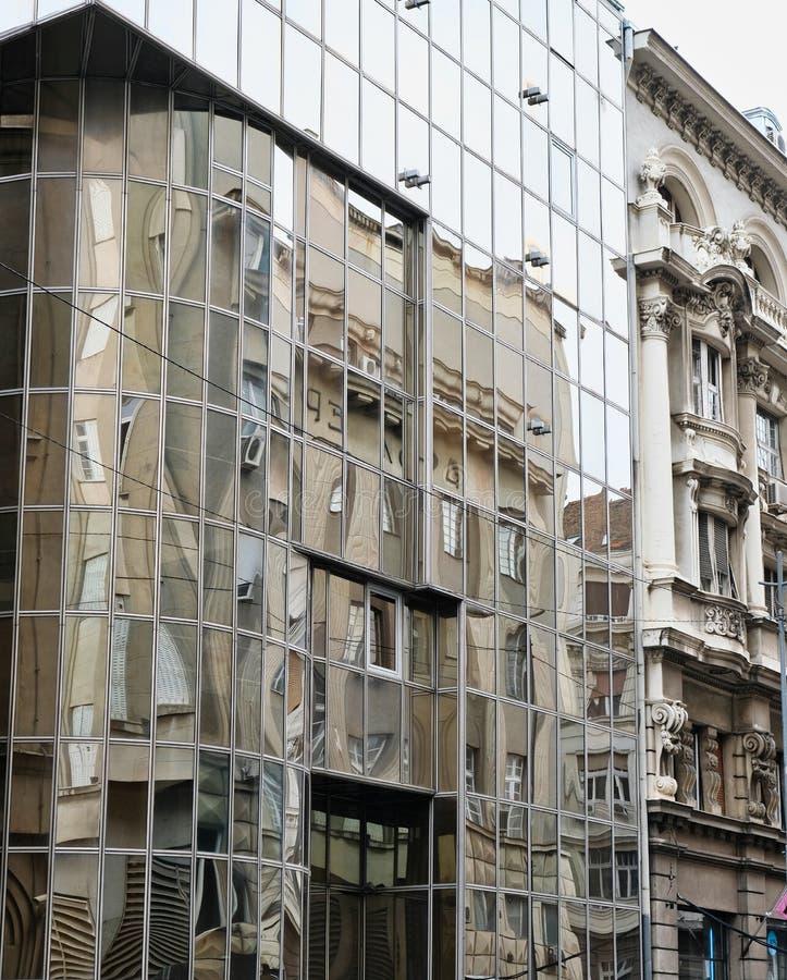 Vieux et nouveaux bâtiments, Belgrade, Serbie photo stock