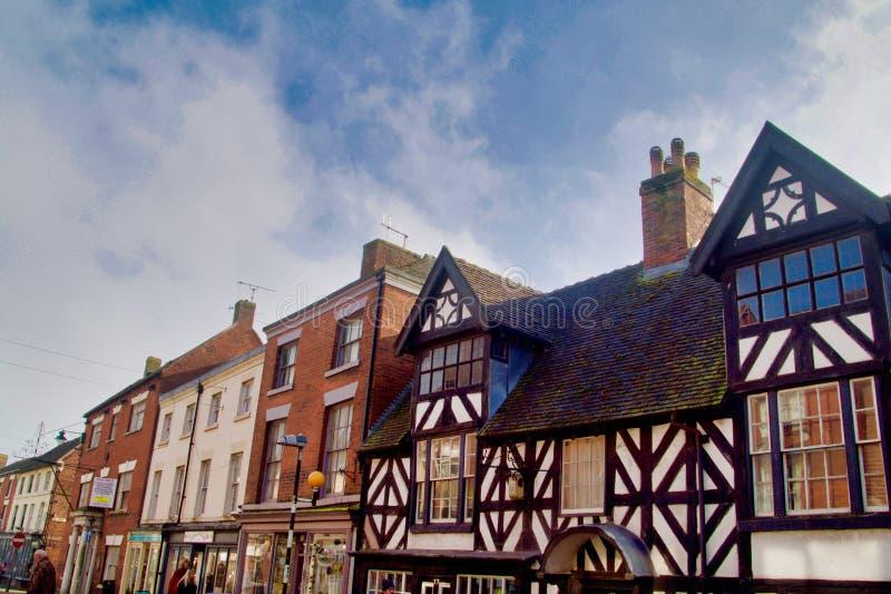 Vieux et nouveaux bâtiments dans Cheadle photos stock
