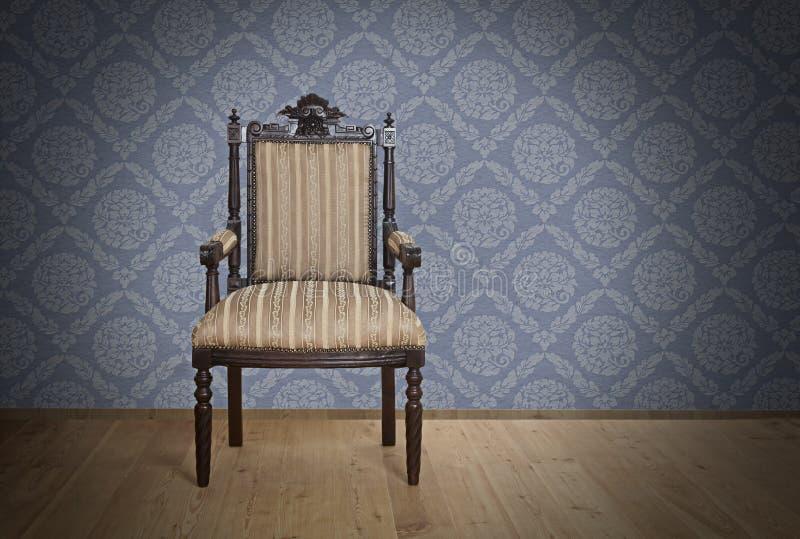 Vieux fauteuil antique d'ère victorienne illustration libre de droits