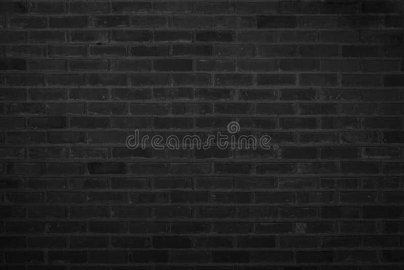 Vieux fond de mur en pierre de mod?le Abr?g? sur noir mur de briques texture solide approximative et contexte extérieur grunge po photos libres de droits