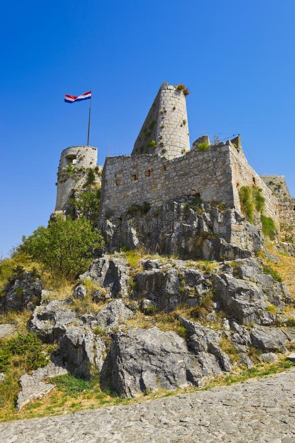 Download Vieux Fort Dans Le Fractionnement, Croatie Photo stock - Image du fond, nature: 45365908