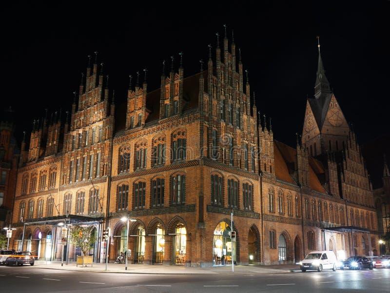 Vieux hôtel de ville à Hanovre Allemagne la nuit image libre de droits