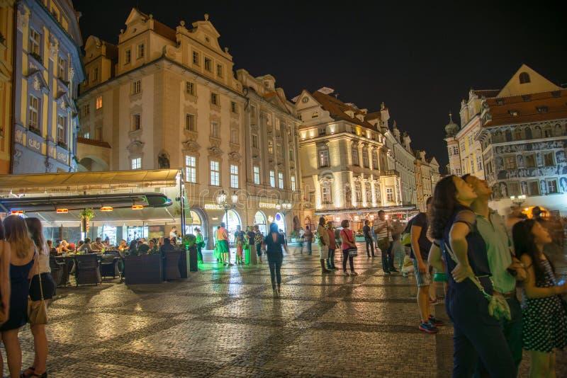 Vieux hôtel de ville par nuit - Prague - République Tchèque images libres de droits