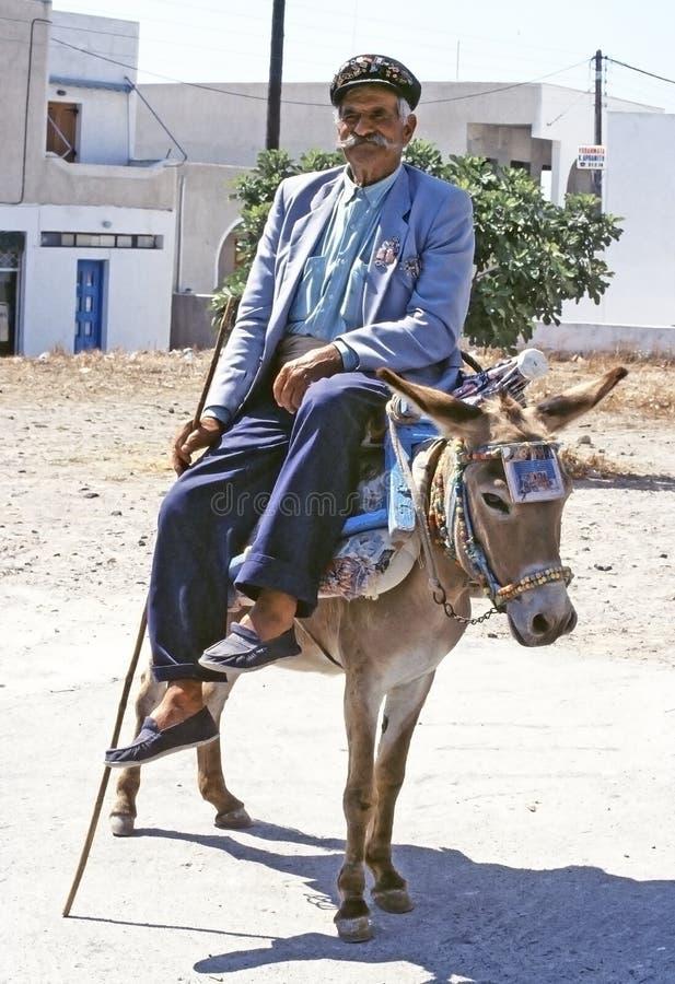 Vieux homme et âne helléniques photo libre de droits