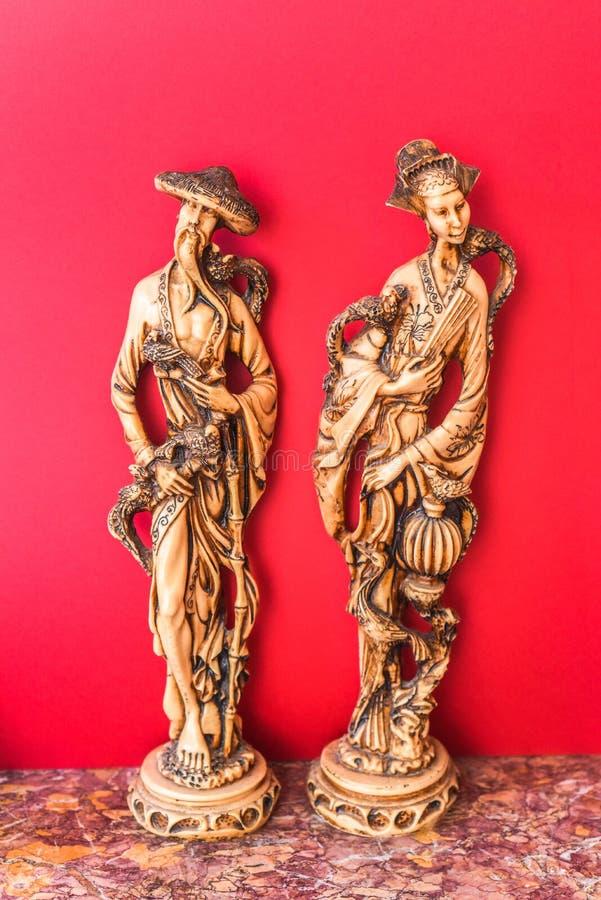 Vieux, homme et femme, statuettes chinoises photo libre de droits