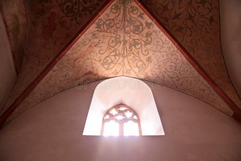 Vieux hublots d'église photos libres de droits
