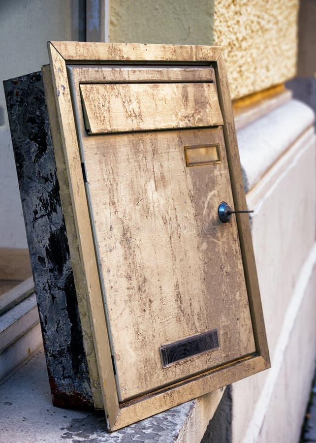 Vieux Letterbox photos stock