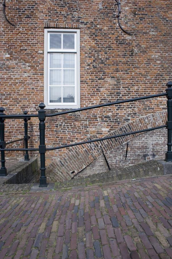 Vieux maison et pont néerlandais photos libres de droits