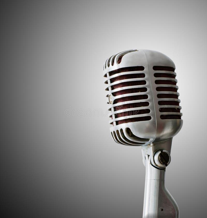 Vieux microphone de chrome photos libres de droits