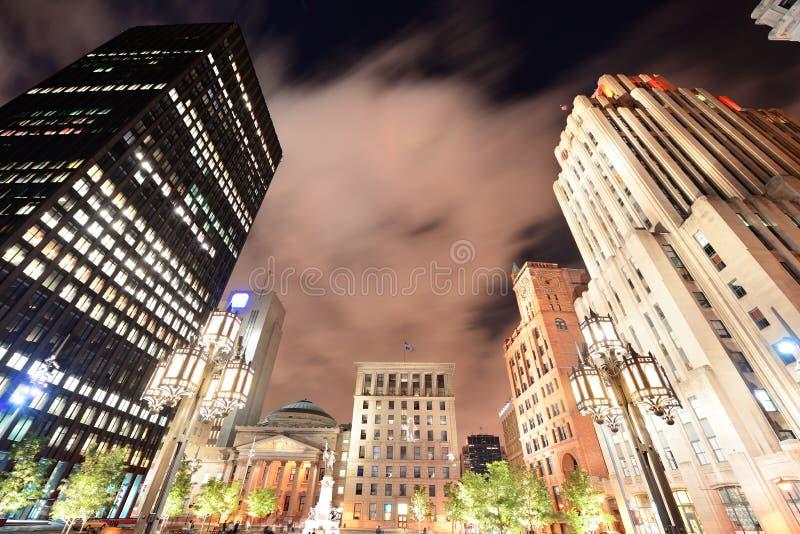 Vieux Montréal la nuit photographie stock libre de droits