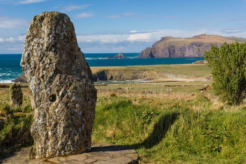 Vieux monument en pierre Péninsule Irlande de Dingle photographie stock