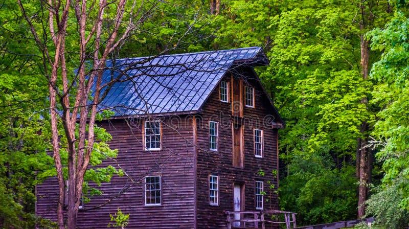 Vieux moulin au village de Millbrook, ressortissant Recre de Gap d'eau du Delaware images libres de droits