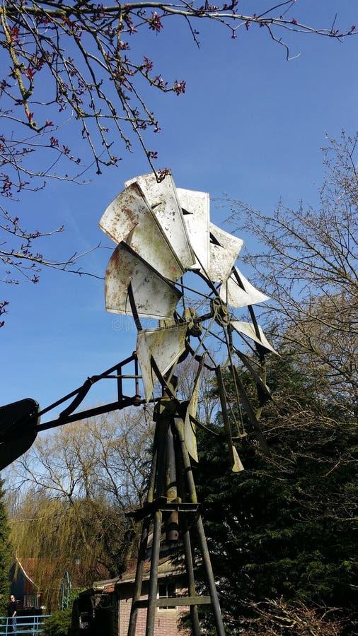 Vieux moulin de fer images libres de droits