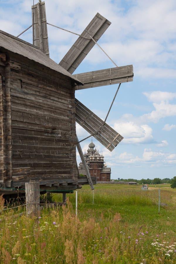 Vieux moulins à vent en bois, Kiji images stock