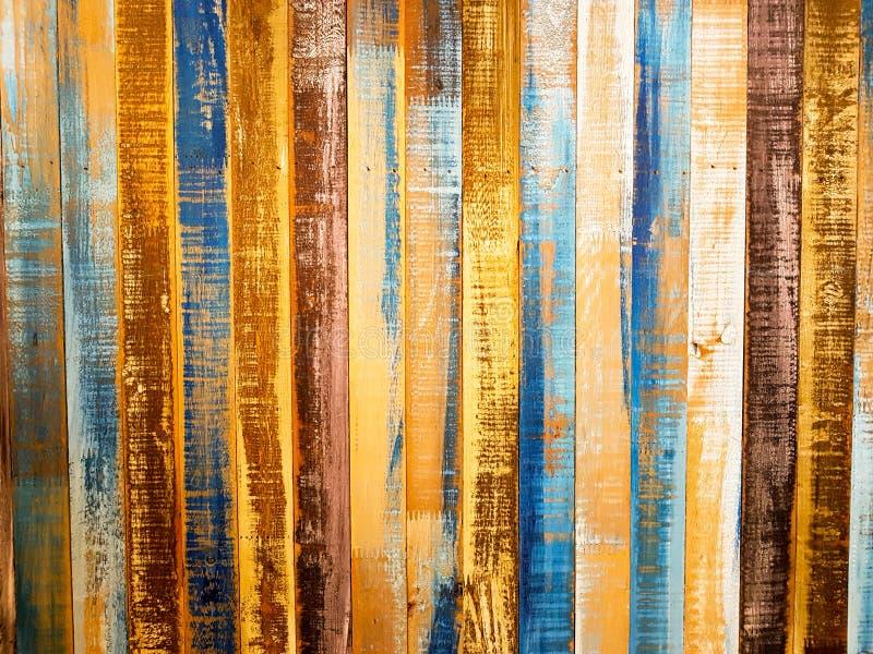 Vieux mur coloré en bois image stock