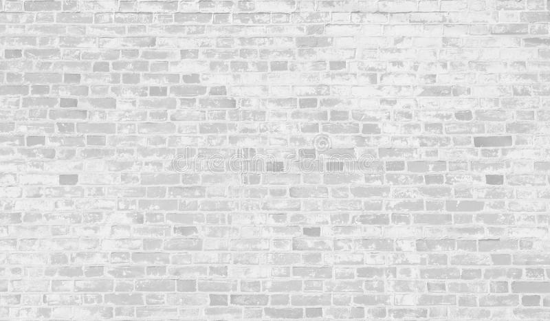 Vieux mur de briques blanc avec la peinture d'épluchage photo libre de droits