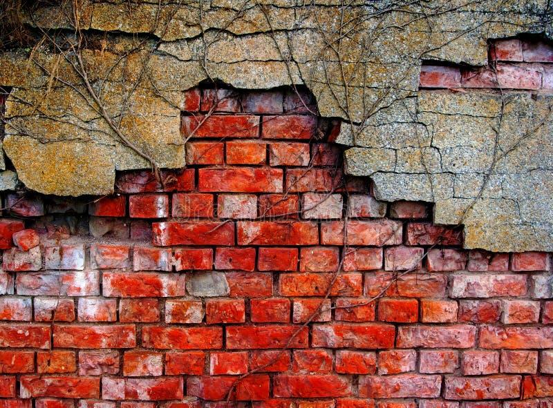 Vieux mur de briques endommagé photo libre de droits