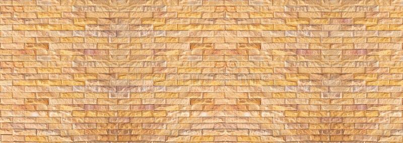 Vieux mur de briques large, mur de briques de cru dans un fond d'image image libre de droits