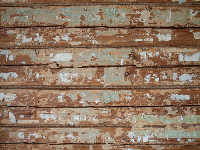 Vieux mur en bois dans la cabane en rondins images stock