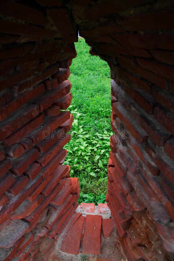 Vieux murs de monastère de Caluiu photo stock