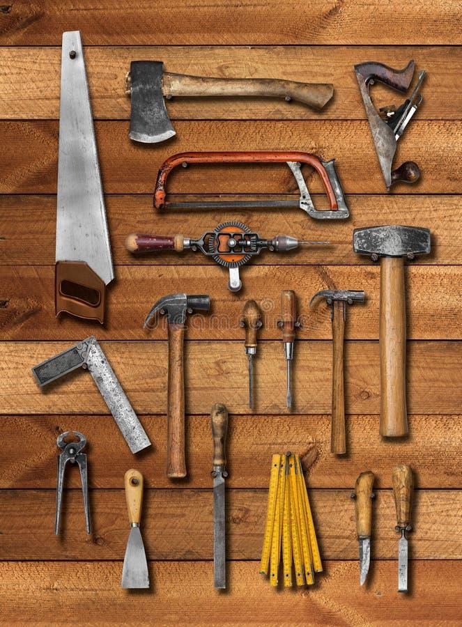 vieux outils de bricolage de charpentier sur le bois photo stock image 44191861. Black Bedroom Furniture Sets. Home Design Ideas