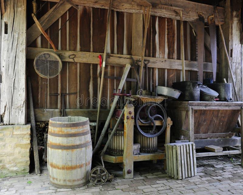 Vieux outils de grange photos libres de droits