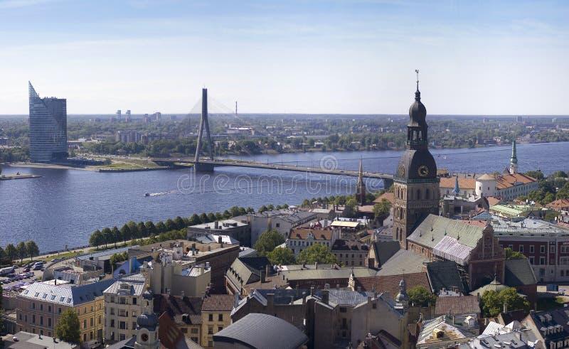 Vieux panorama de Riga photographie stock