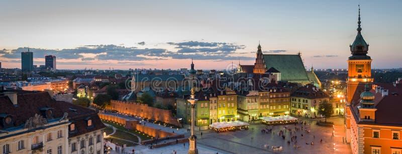 Vieux panorama de ville de Varsovie photographie stock libre de droits
