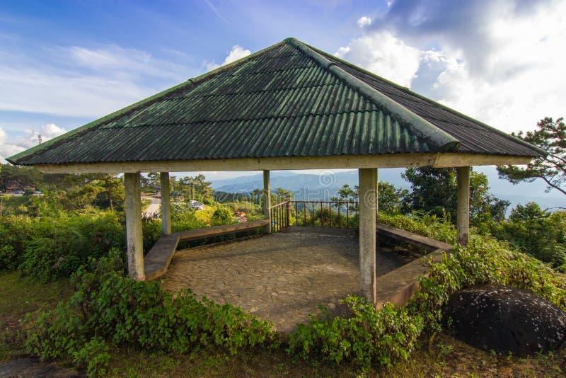 Vieux pavillon hexagonal images libres de droits