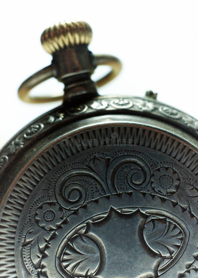 Vieux plan rapproché argenté de montre de poche. photographie stock libre de droits