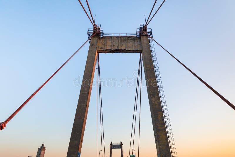Vieux pont câble-resté photo stock