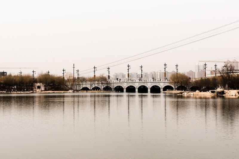 Vieux pont Chine photo stock