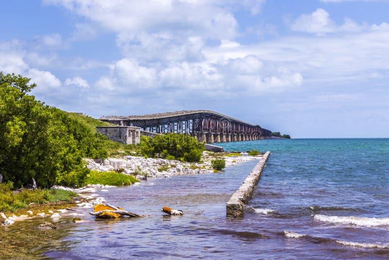Vieux pont de chemin de fer chez Bahia Honda près de Key West image libre de droits