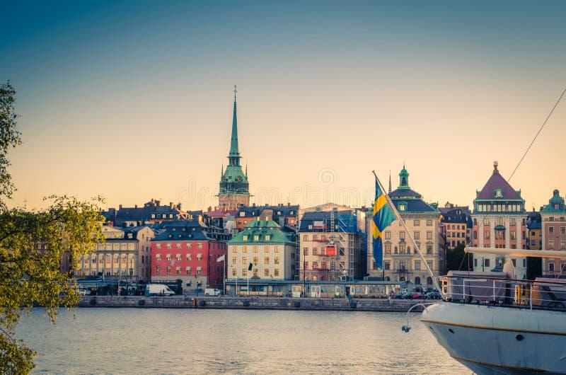 Vieux quart Gamla Stan avec les bâtiments traditionnels, Stockholm, commutateur photo stock