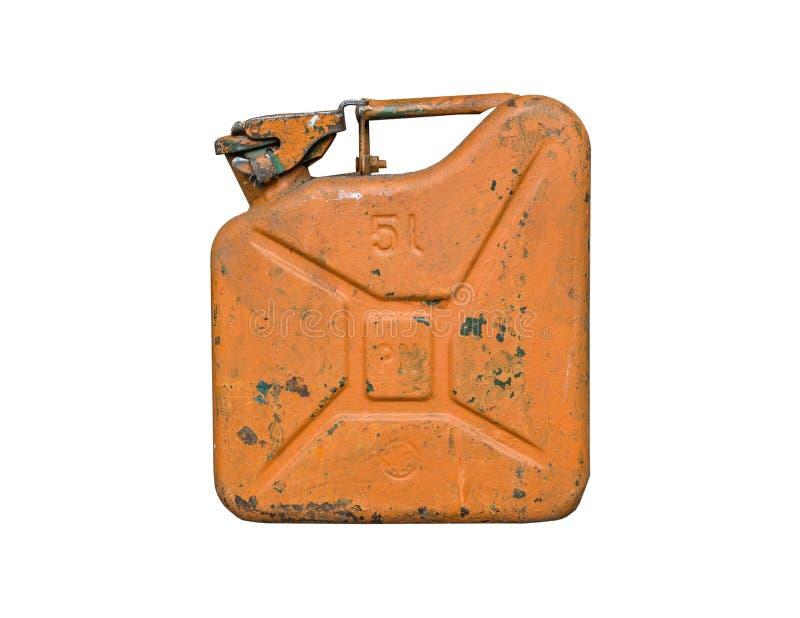 Vieux réservoir de carburant orange en métal pour transporter et stocker l'essence D'isolement sur un fond blanc images libres de droits