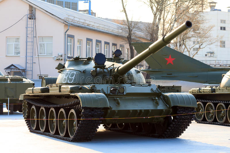 Vieux réservoir soviétique images libres de droits